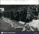 jan-01-1971-collapsed-wall-injures-29-during-the-oxford-united-v-watford-E0YNXY.jpg